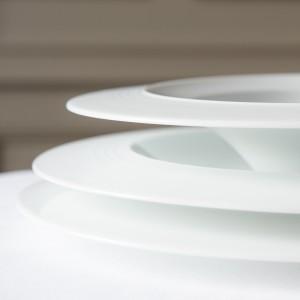 RESTAURANT GUY SAVOY SERVICE DE TABLE ASSIETTES: Plate, ... 2014